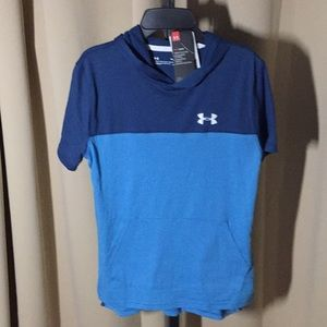 Under Armour Hooded T-Shirt Size Large